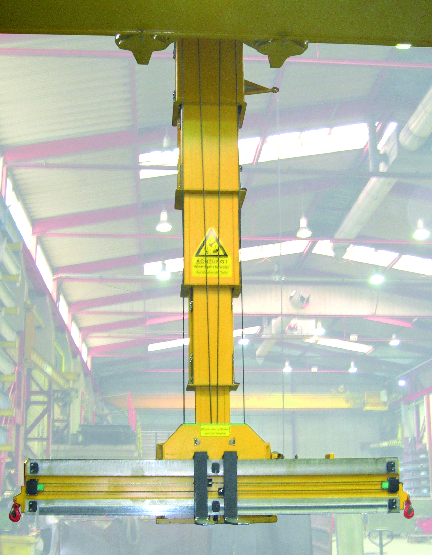 Stacking crane- intralogistics